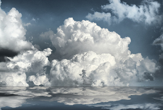 Thunderclouds building. Flickr - Tim Hamilton