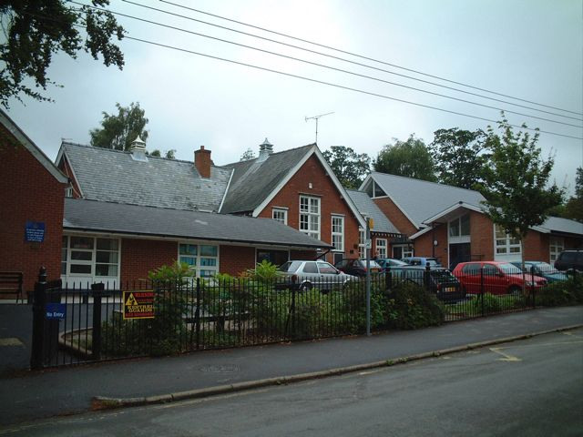 Chandler's Ford Infant School, Kings Road. Image credit: Peter Smith