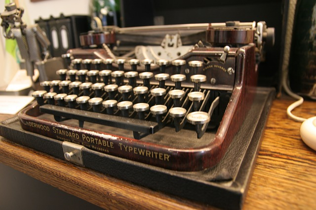 It may be old technology but Agatha Christie, P.G. Wodehouse and many other classic writers depended on these.