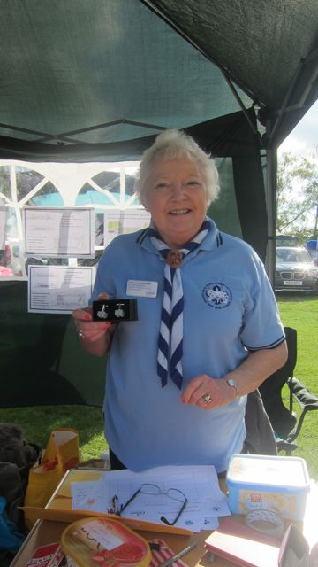 Lyn Darbyshire MBE supporting Ramalley Hall Hintingbury Extrav 2015