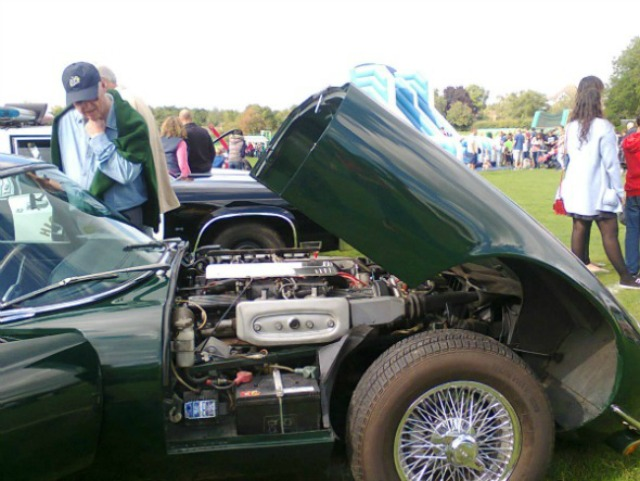 Jaguar engine