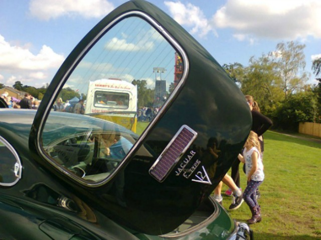 Jaguar tailgate