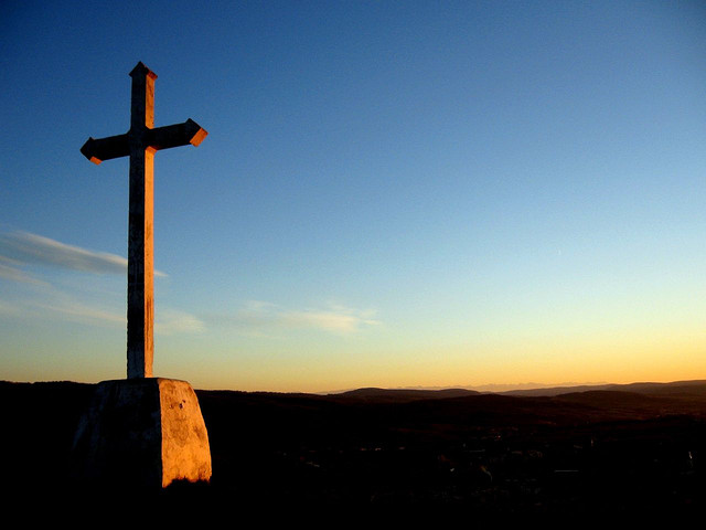 Cross image by Karoly Czifra via Flickr