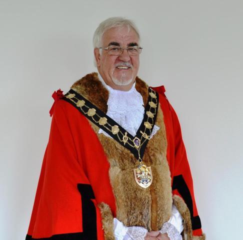 Former Eastleigh Mayor Councillor Tony Noyce dies. Image credit: Eastleigh Borough Council.
