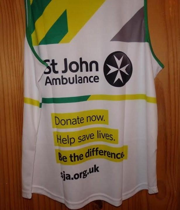 St John Ambulance donate Eastleigh 10k 2016