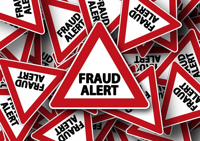 Fraud Alert sign - image via Pixabay