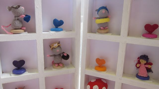 Micro crochet by Mrs Craftpants - none of these are more than 2 cm tall!