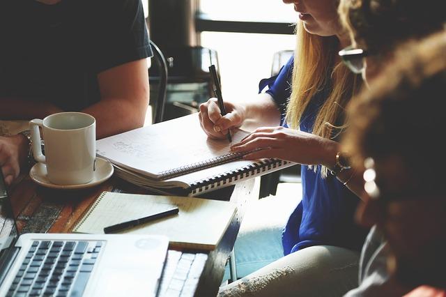 Brainstorming Ideas, image via Pixabay