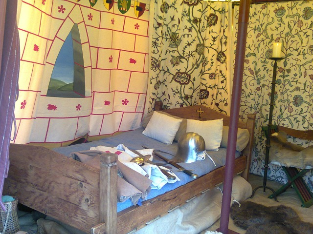 The scribe had good accommodation