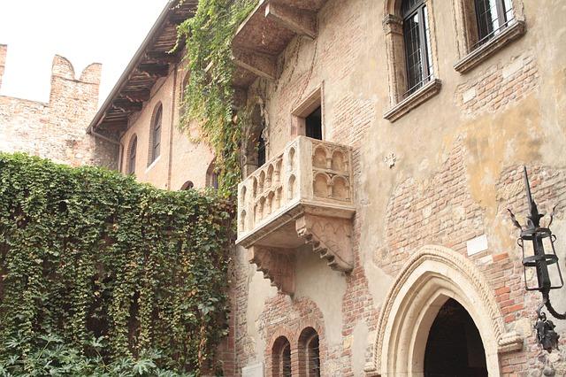 Verona - The Balcony scene - image via Pixabay