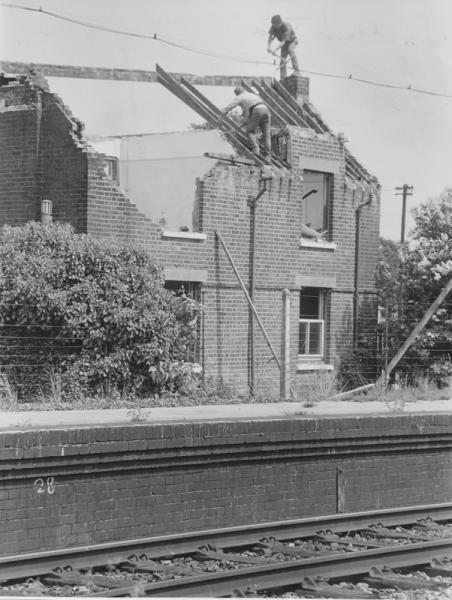 Chandler's Ford Station. Old images of Chandler's Ford. Image credit: Eastleigh and District Local History Society.