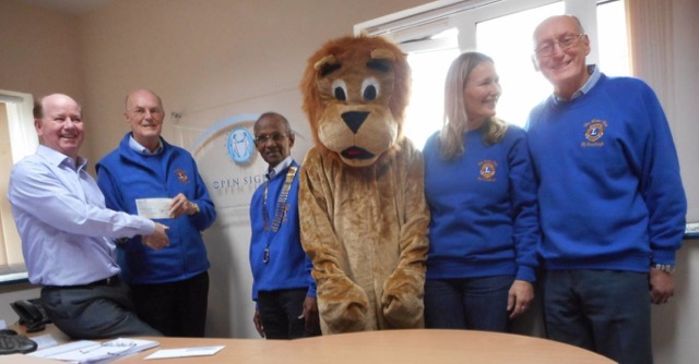 2016 - Eastleigh Lions support Hampshire charity Open Sight on World Sight Day.