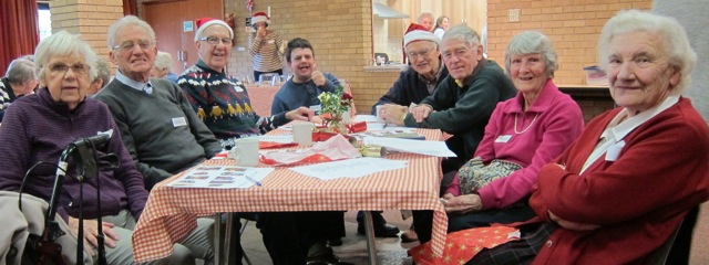 2016-christmas-beacon-cafe-st-boniface-church-chandlers-ford-group-photo
