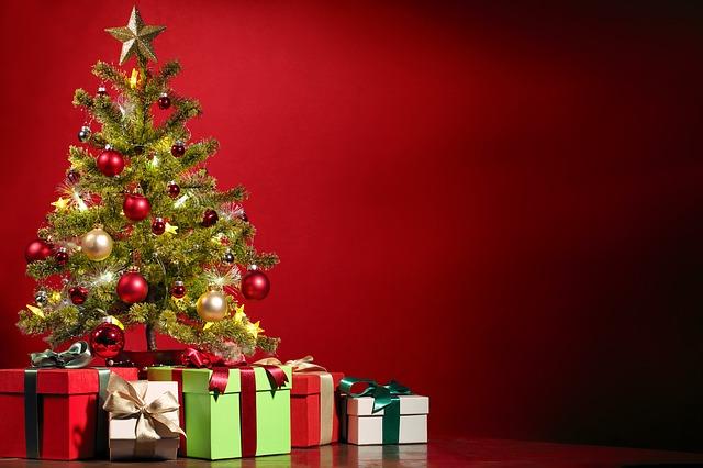 Christmas Tree - Image via Pixabay