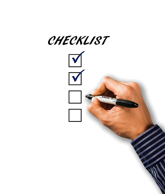 A checklist is always useful when interviewing -image via Pixabay