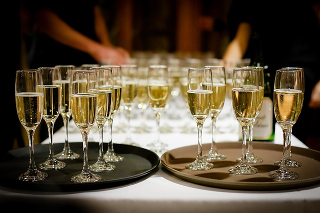 Even in a virtual party, it is still vital to be a good host! Image via Pixabay