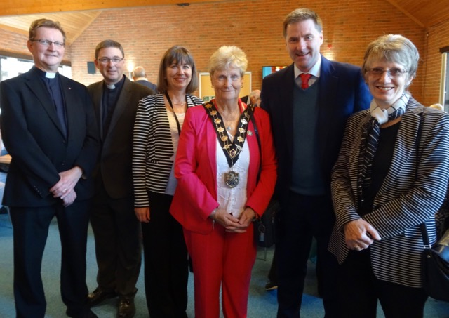 Re-opening of the Dovetail Centre. (From the left): Revd Dr Andrew Wood, Revd. Peter Cornick, Councillor Judith Grajewski, Eastleigh Mayor Councillor Maureen Sollitt, MP Mr Steve Brine, and Councillor Margaret Atkinson. Image credit: Barbara Lowe.