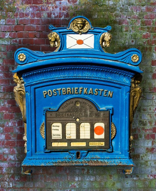 Gill's book is based on a series of letters sent between young German friends during Hitler's rise to power and throughout World War 2. German Postbox - image via Pixabay