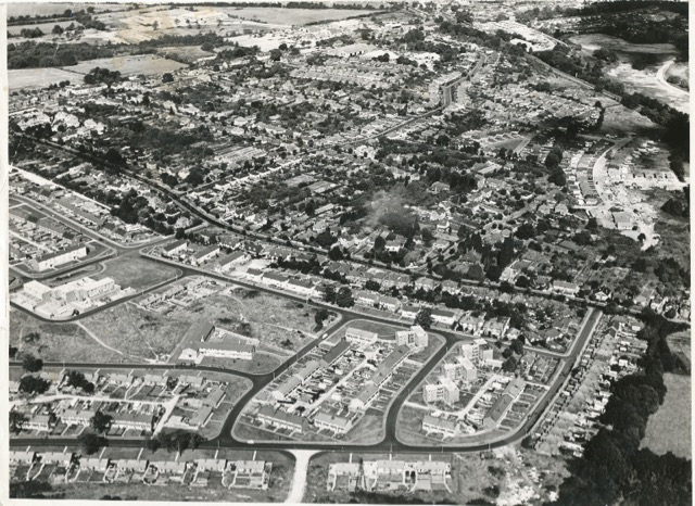 Aerial view of Leigh Road. Image credit: Eastleigh and District Local History Society.