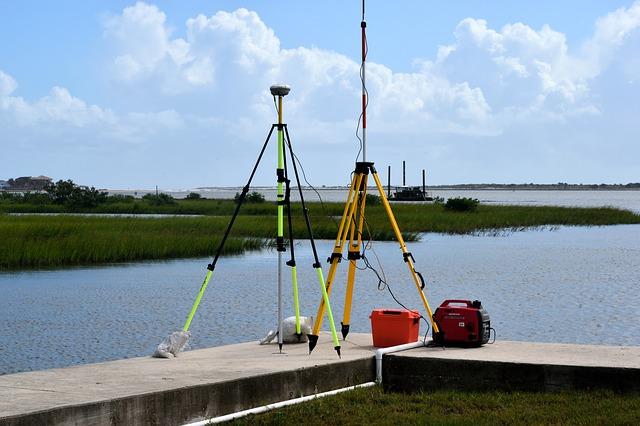 Surveying. Image via Pixabay.