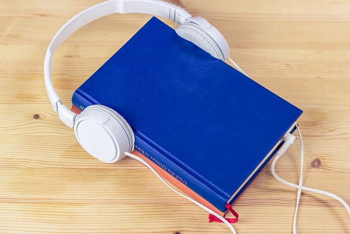 Listening to books! Pixabay image