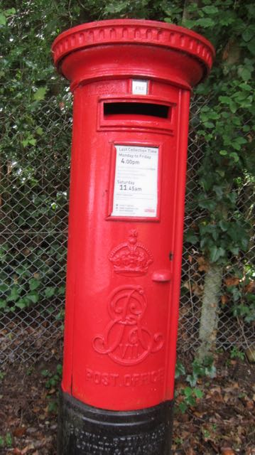 I also came across a King Edward VII pillar box on our walk today.