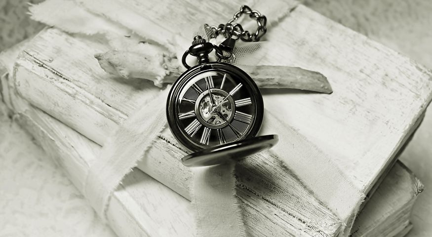 Finding the time to read is important - Pixabay