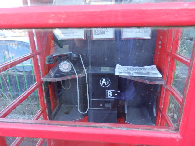 old call box witn a and b buttons