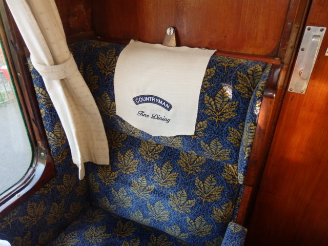seat on dining train