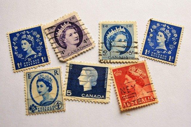 Her Majesty stamps image pasja1000 Pixabay