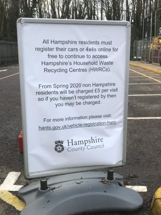 Sign giving information about the new registration scheme