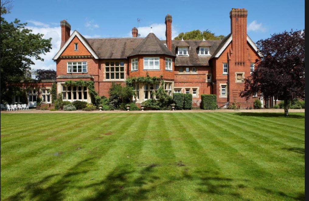 Cantley House Hotel in Wokingham, Berkshire.