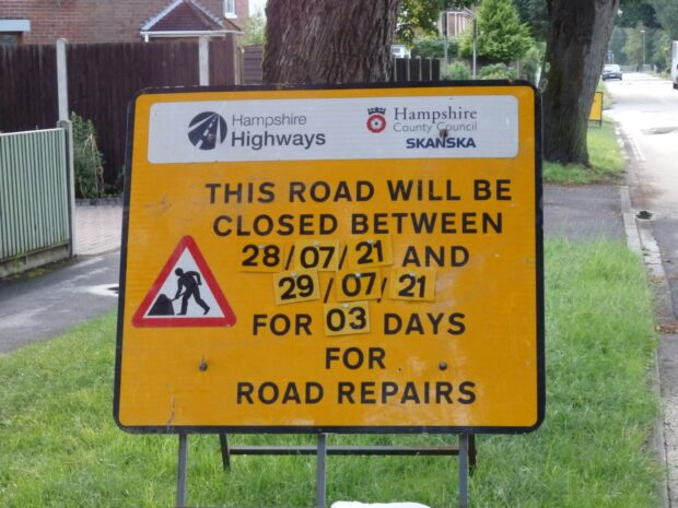 road closed for three days between two dates
